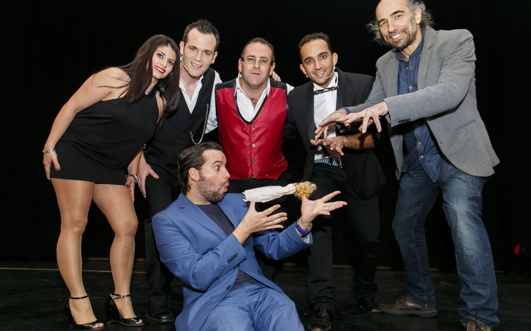 Empieza 2015 con un doble espectáculo de la IX Gala Mágica Cajasol