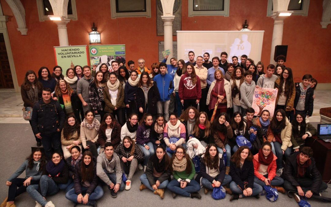 Jóvenes futuros voluntarios adquieren la idea de la solidaridad y el voluntariado a través de 'Tú sí que faltas'