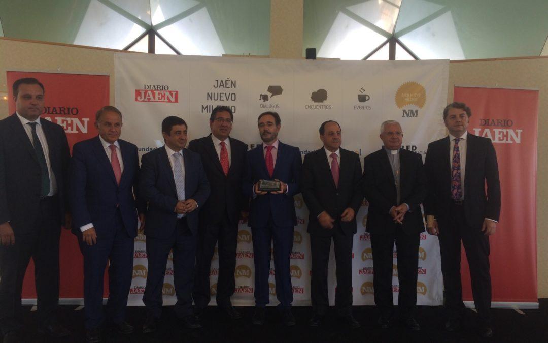 Antonio Pulido asiste al foro de debate 'Diálogos. Jaén Nuevo Milenio'