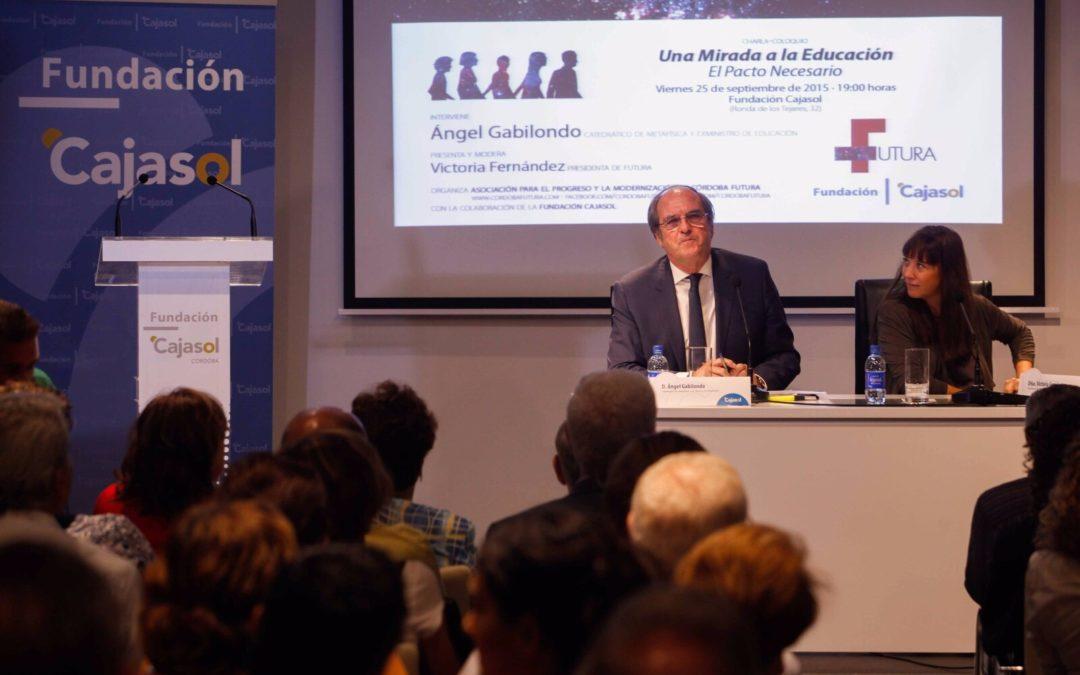 La estabilidad del sistema educativo español, a debate con Ángel Gabilondo en la Fundación Cajasol