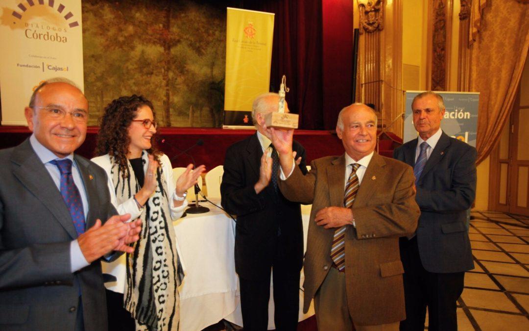 Fundación Cajasol y asociación Córdoba Nuevo Milenio entregan el II Premio 'Diálogos Córdoba'