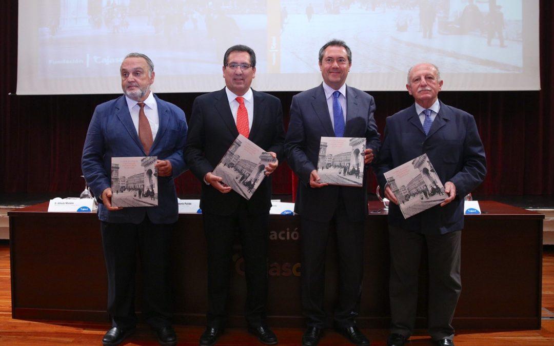 Toda la historia de 'La Real Audiencia y la Plaza de San Francisco de Sevilla' en el libro de la Fundación Cajasol