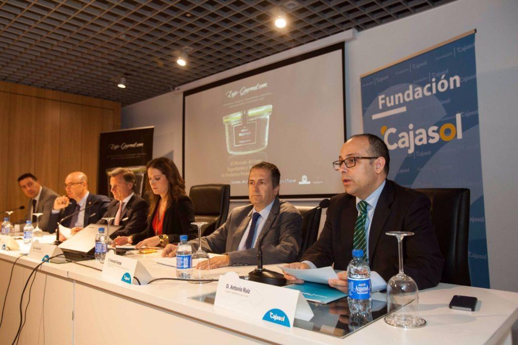 Los productos gourmet, protagonistas en la Fundación Cajasol