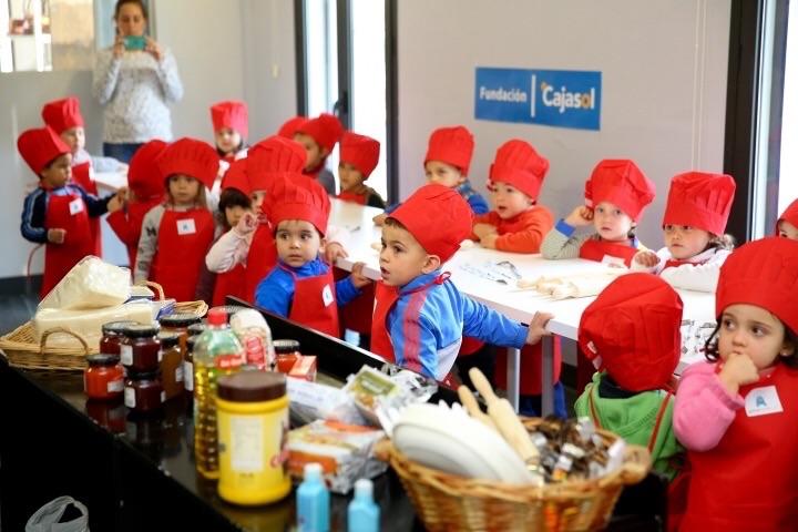 Andaluces Compartiendo impulsa un 'Showcooking' solidario para escolares