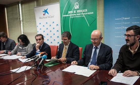 Siete proyectos de atención y apoyo a colectivos vulnerables gaditanos reciben el apoyo de Fundación Cajasol, la Caixa y Junta de Andalucía