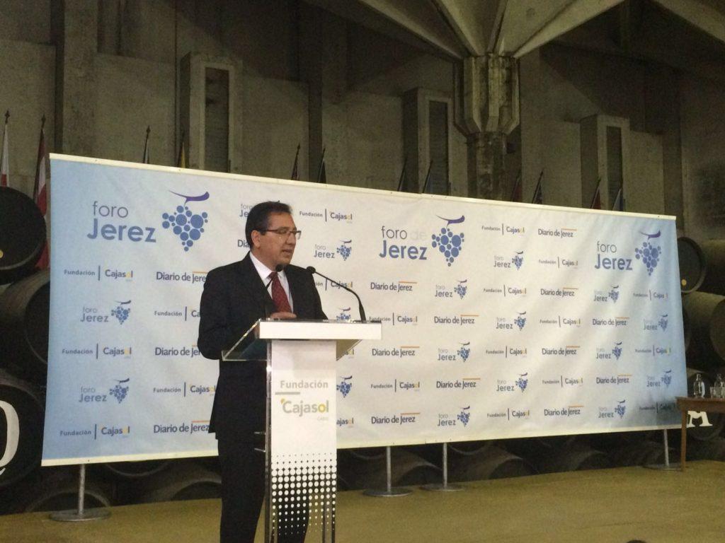 Antonio Pulido, presidente de la Fundación Cajasol, en el Foro de Jerez