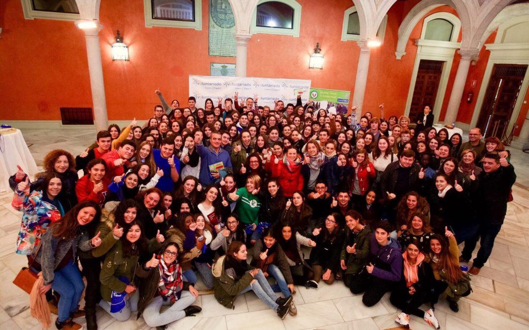 La Plataforma del Voluntariado Social de Sevilla y la Fundación Cajasol reúnen a 200 jóvenes sensibilizados hacia el voluntariado
