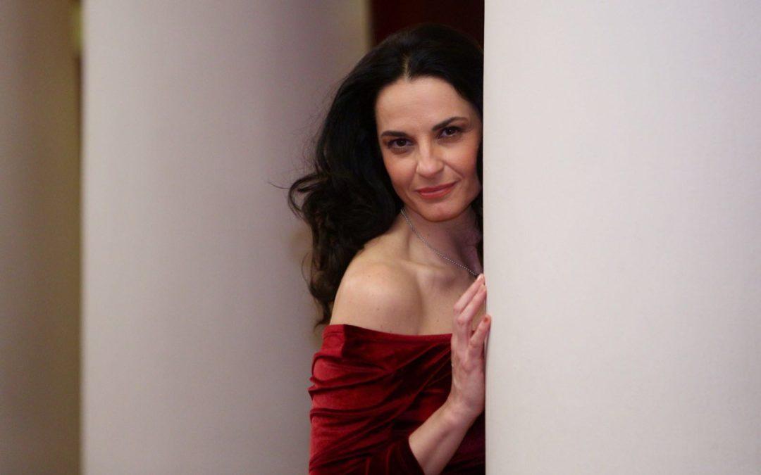 Pilar Astola trae su espectáculo 'Crónica de urgencia' a los 'Jueves Flamencos' de la Fundación Cajasol