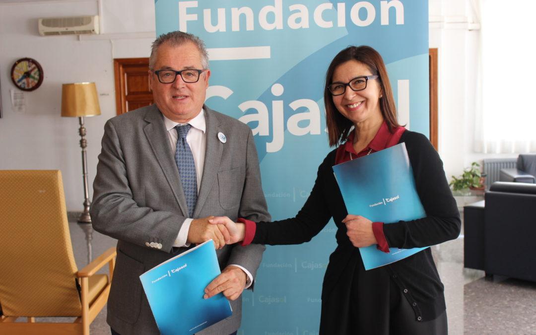 La Fundación Cajasol impulsa los talleres ocupacionales en la Residencia de Mayores La Orden