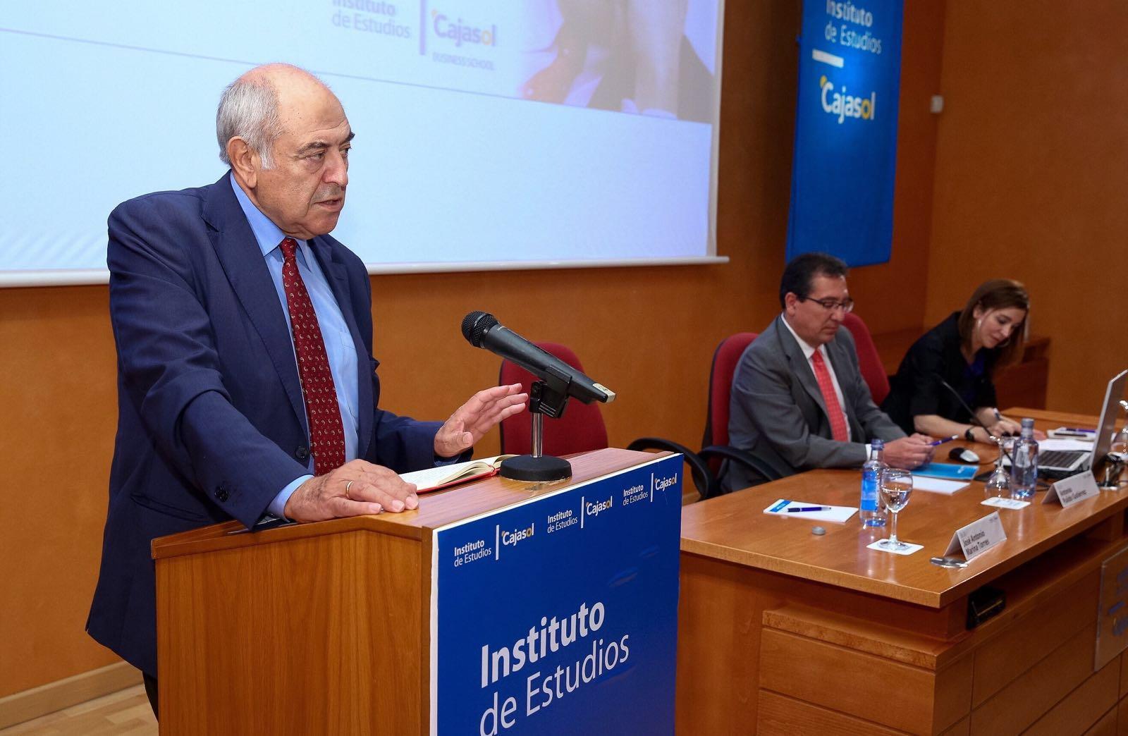 José Antonio Marina, durante su intervención en el Instituto de Estudios Cajasol