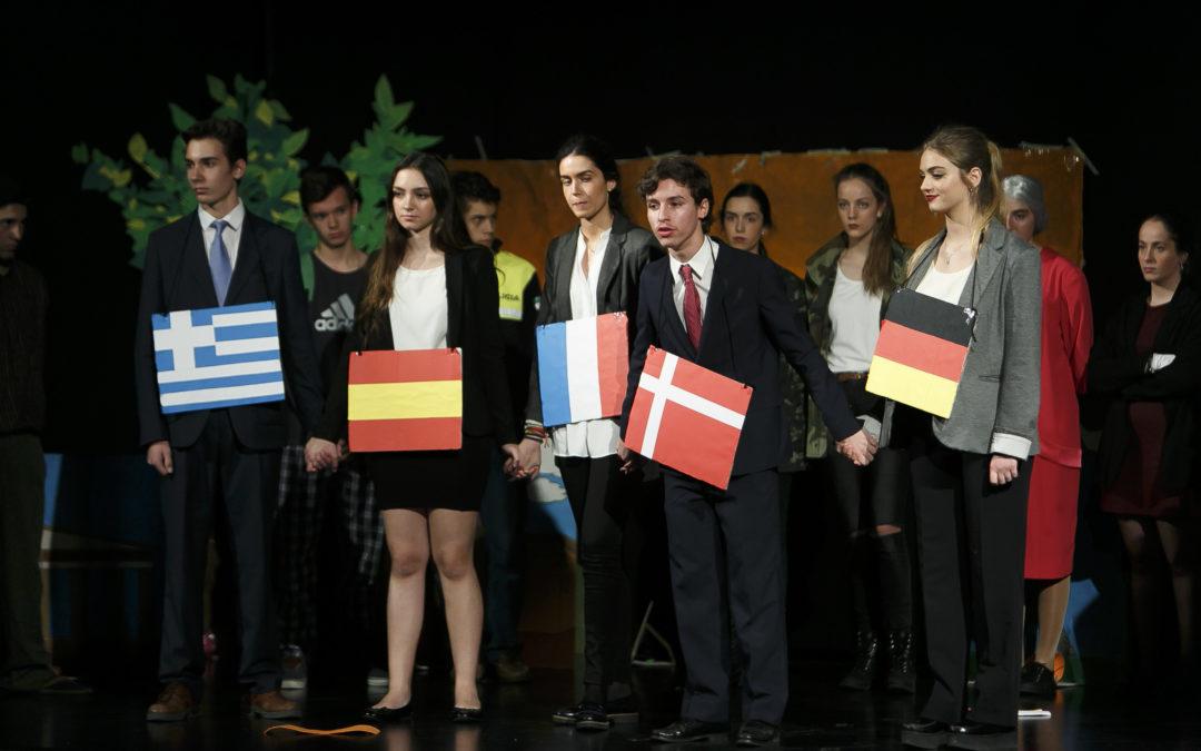 Teatro solidario en la Fundación Cajasol con 'No me llames extranjero'