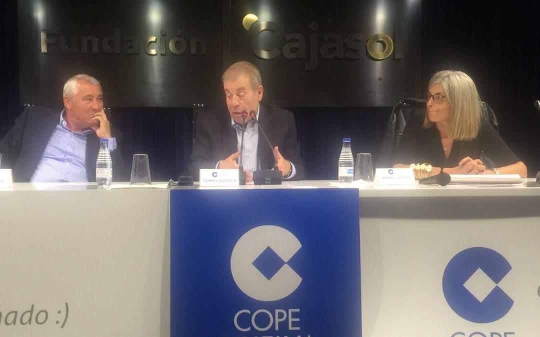 El periodista Tomás Guasch se une al objetivo 'Salve Recreativo' con una charla en la Fundación Cajasol