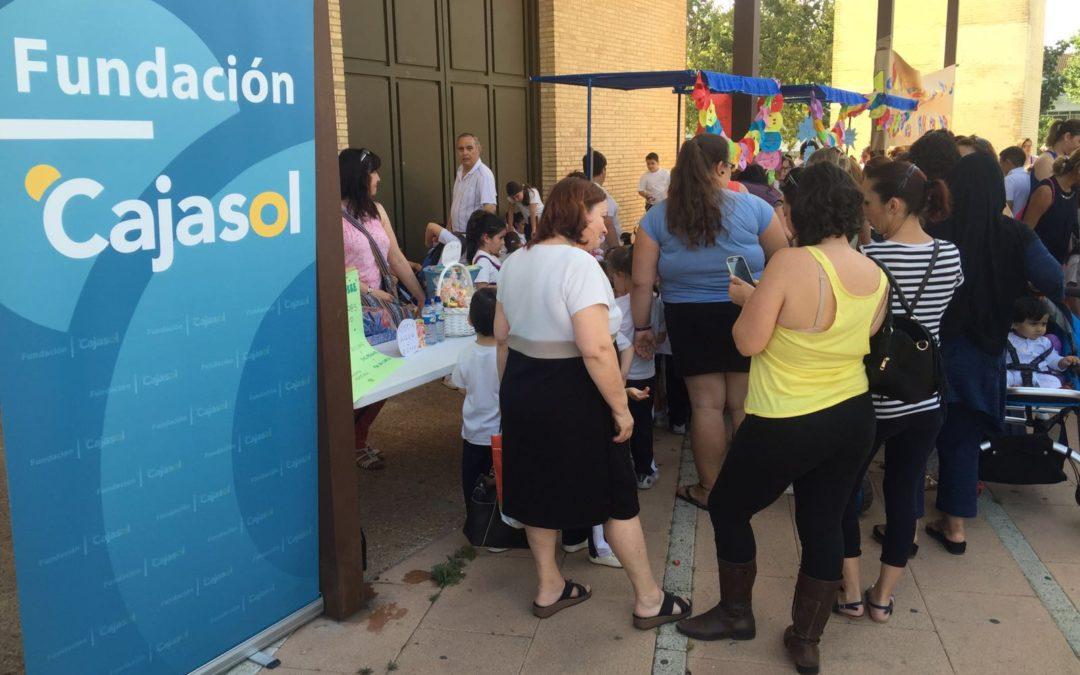 La Fundación Cajasol apoya el I Mercado Solidario de Cooperativas Escolares en Huelva