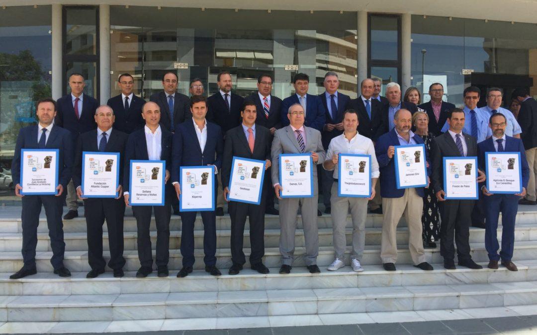 FOE y Fundación Cajasol entregan los XII Premios Empresarios del Año en Huelva