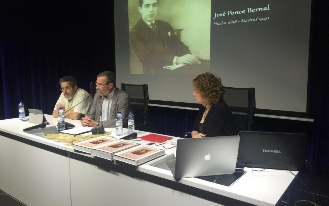 Felicidad Mendoza presenta su investigación sobre la vida y obra del periodista José Ponce Bernal