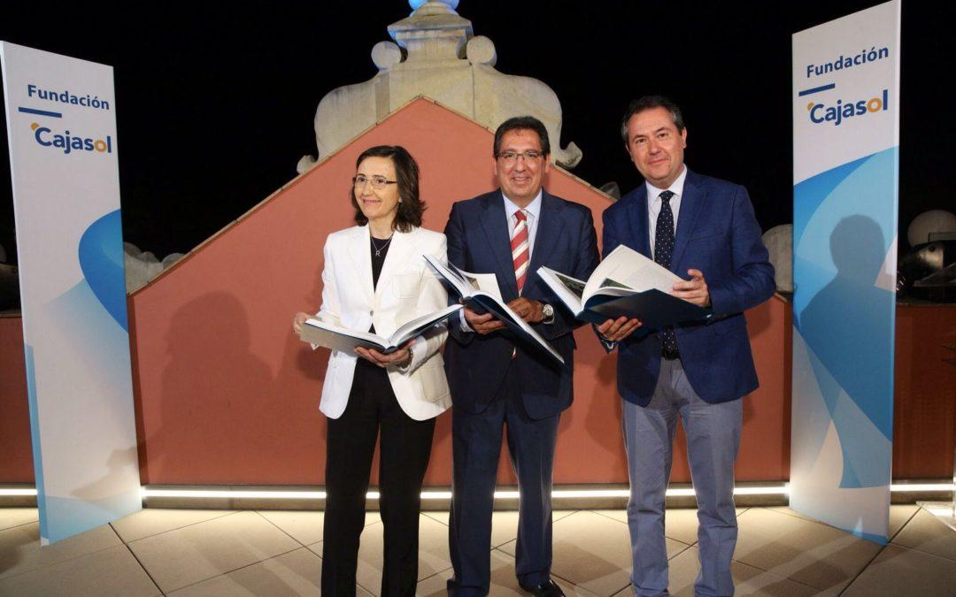 La Fundación Cajasol inaugura la nueva terraza de su sede en Sevilla con la presentación del catálogo de la Colección de Arte