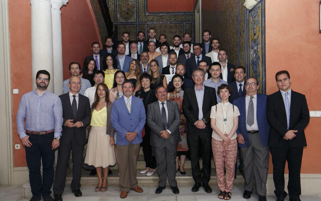 Entrega de los diplomas del I Curso de Especialización en Gestor Energético
