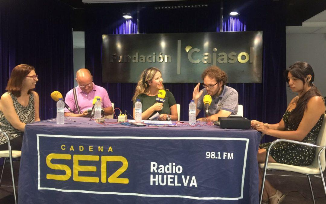 Presentación de la tradicional Guía de Bolsillo de Colombinas de Radio Huelva en la Fundación Cajasol