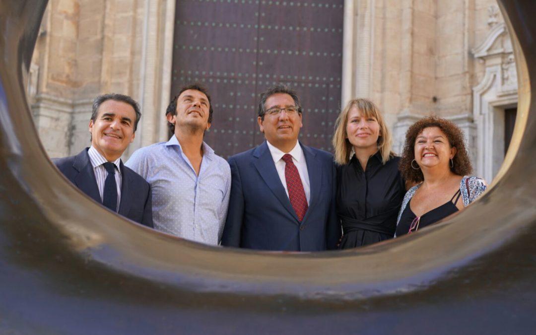 'Arte en la calle', de la mano de Henry Moore, hasta el 20 de noviembre en la Plaza de la Catedral de Cádiz