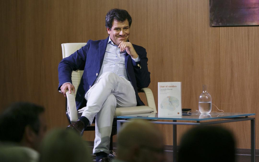 Excepcional conferencia de Facundo Manes en la Fundación Cajasol