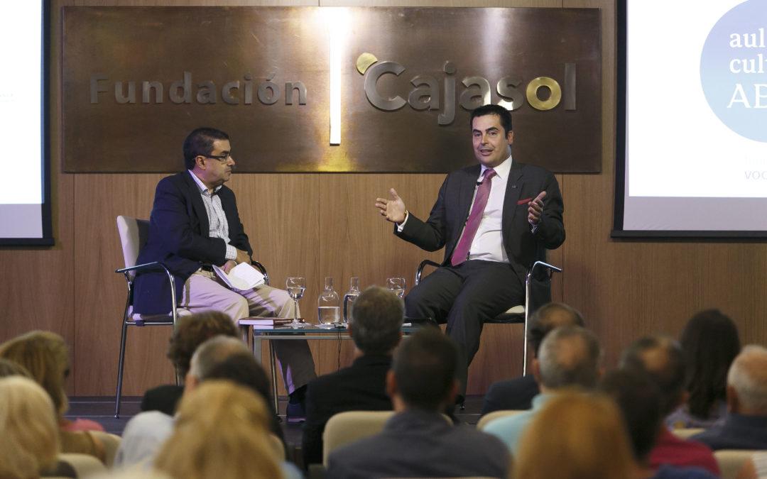Presentación del libro 'Los invencibles de América' en el Aula de Cultura de ABC de Sevilla desde la Fundación Cajasol