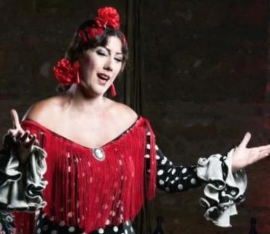 Los Jueves Flamencos de la Fundación Cajasol en Cádiz arrancan con la actuación de Sara Salado