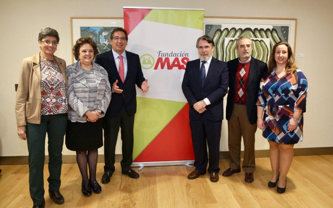 Presentación de la VII campaña '100.000 kilos de ilusión', de la Fundación MAS, en la Fundación Cajasol