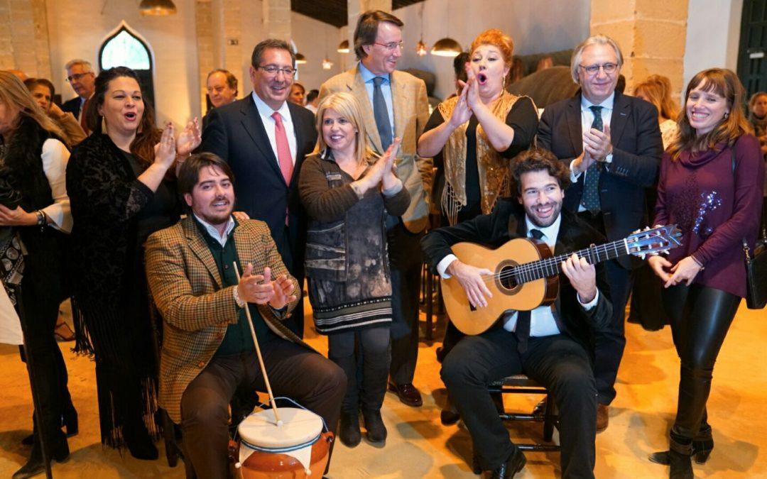 La Fundación Cajasol celebra su tradicional zambomba jerezana en la bodega La Constancia de González Byass