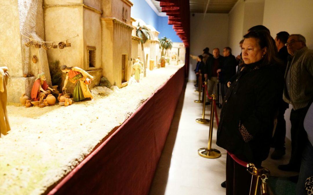 La Fundación Cajasol alumbra la Navidad gaditana