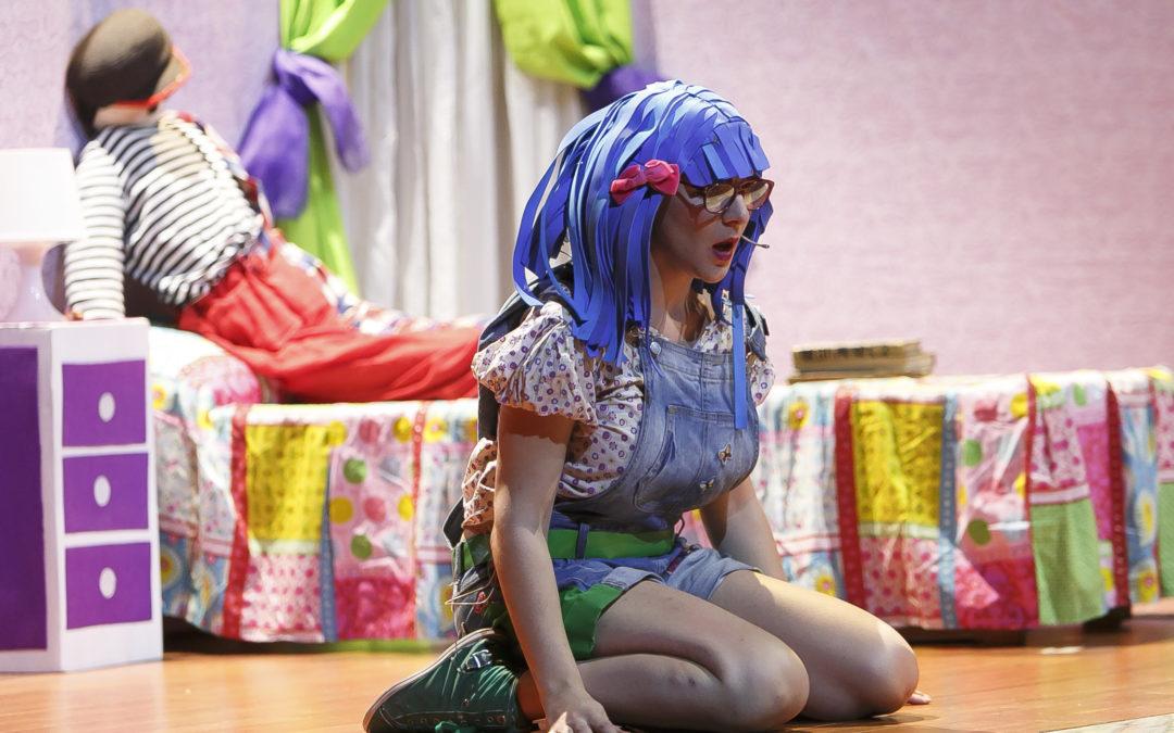 Espectáculo didáctico sobre diversidad con 'Lola Caracola' en la Fundación Cajasol