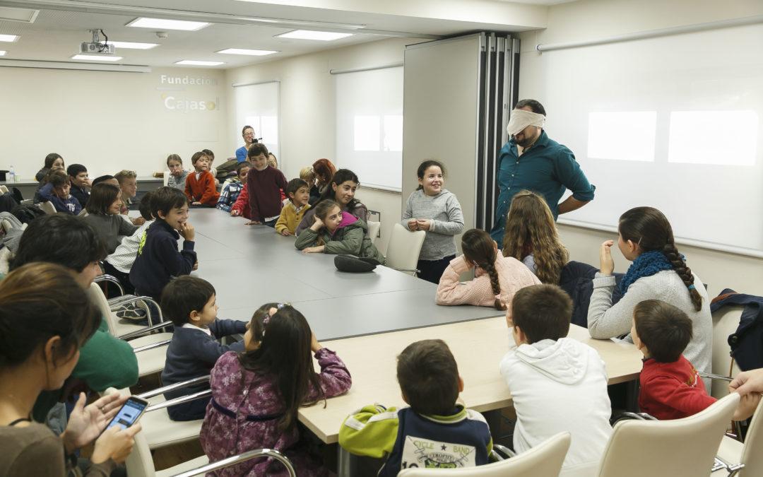Conoce el programa de talleres de verano para pequeños, adultos y familias en la Fundación Cajasol