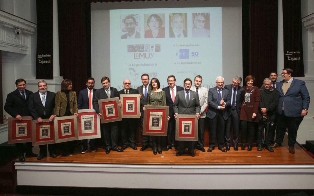 Francisco Carrión y María Iglesias reciben XXV Premio de la Comunicación de la Asociación de la Prensa de Sevilla en la Fundación Cajasol
