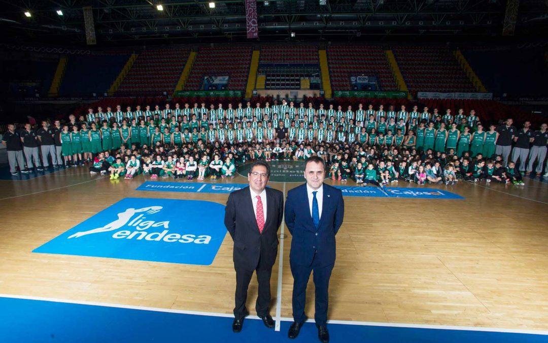 La Fundación Cajasol mantiene su compromiso como principal colaborador del Real Betis Energía Plus