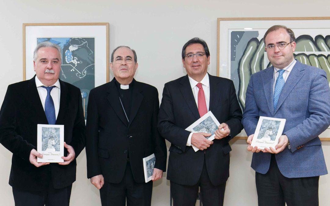 Presentación del libro 'Entre monjas y frailes', de Ismael Yebra, en la Fundación Cajasol