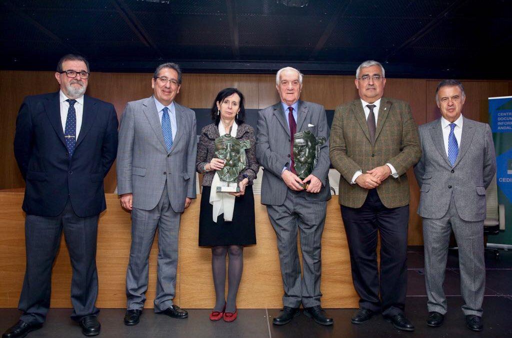 La Fundación Cajasol y CEDIS Andalucía hacen entrega de los Premios 'Giner de los Ríos y Victoria Kent'