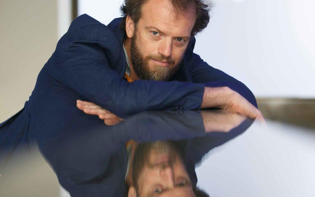 Tino Van der Sman presenta su nuevo espectáculo en los Jueves Flamencos de la Fundación Cajasol