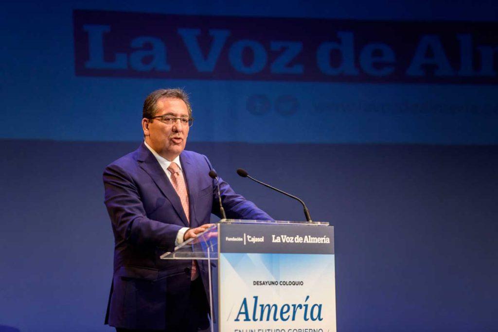 Antonio Pulido, durante su intervención en el Desayuno de La Voz de Almería