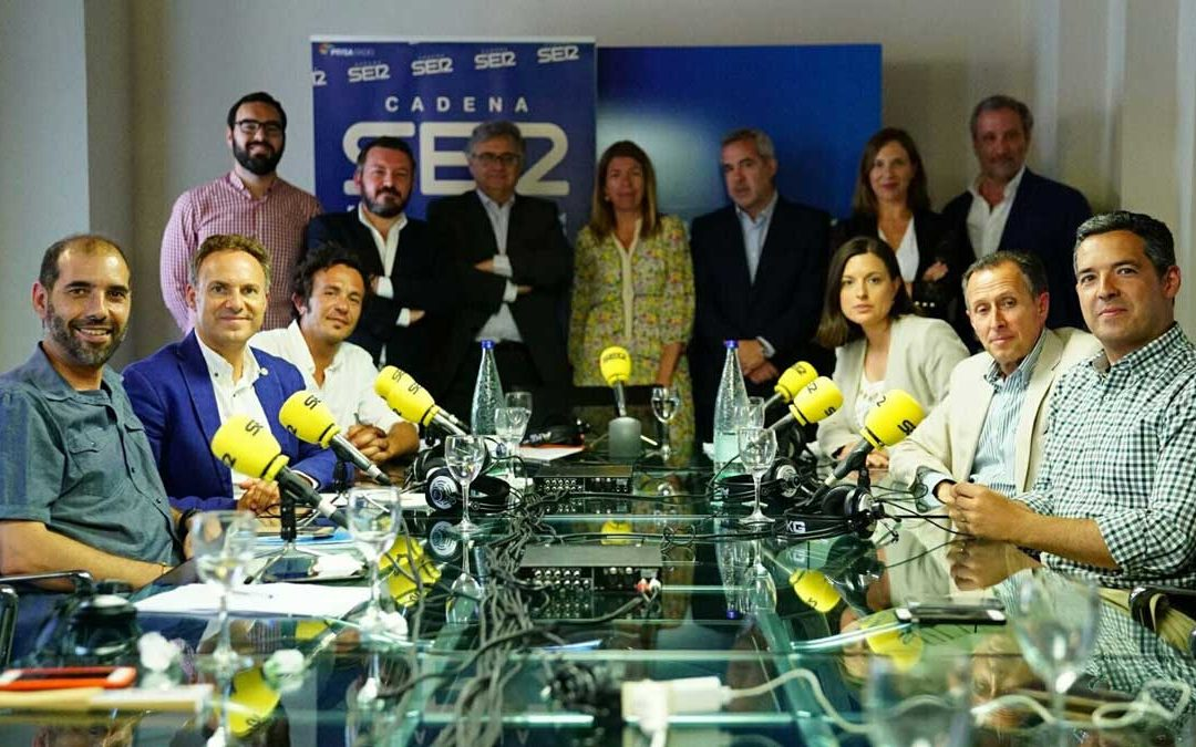 'Los Encuentros de la SER' reúnen a los seis alcaldes de la bahía de Cádiz en la Fundación Cajasol
