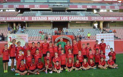 La Fundación Cajasol facilita 40 becas para disfrutar del XII Campus de Fútbol Ciudad de Granada