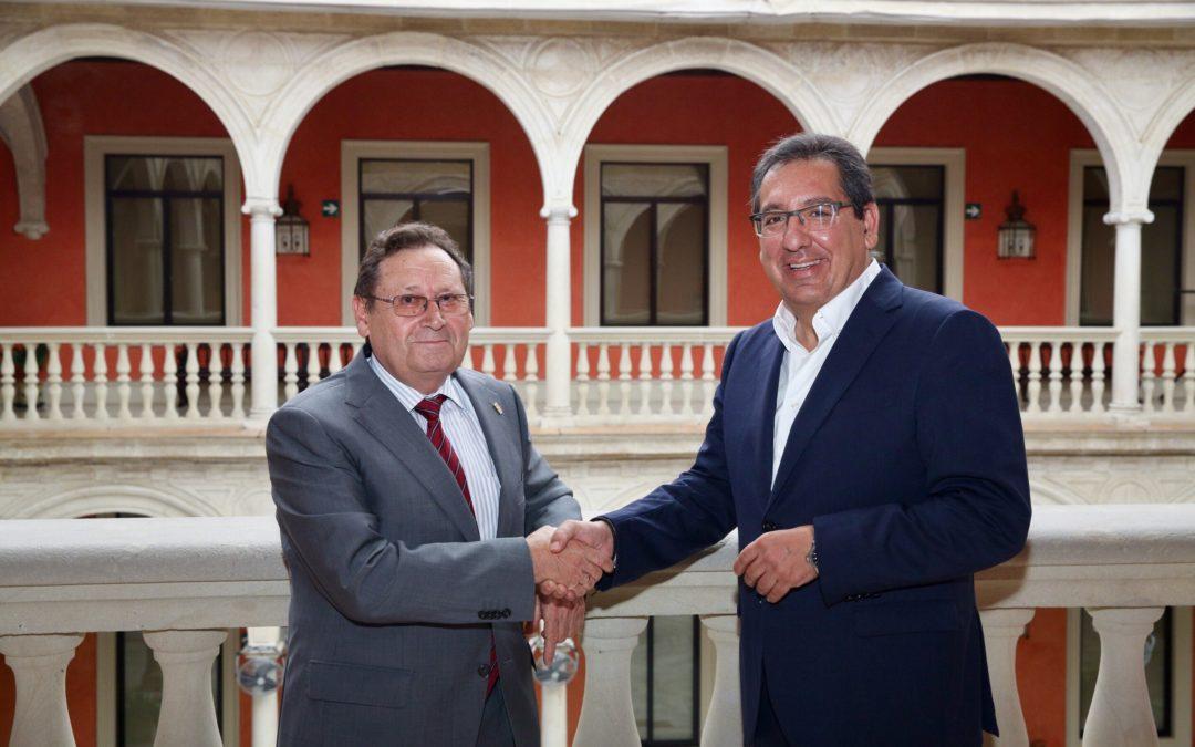 La Fundación Cajasol renueva su apuesta por el Club Agrupación de Voleibol Esquimo como principal colaborador