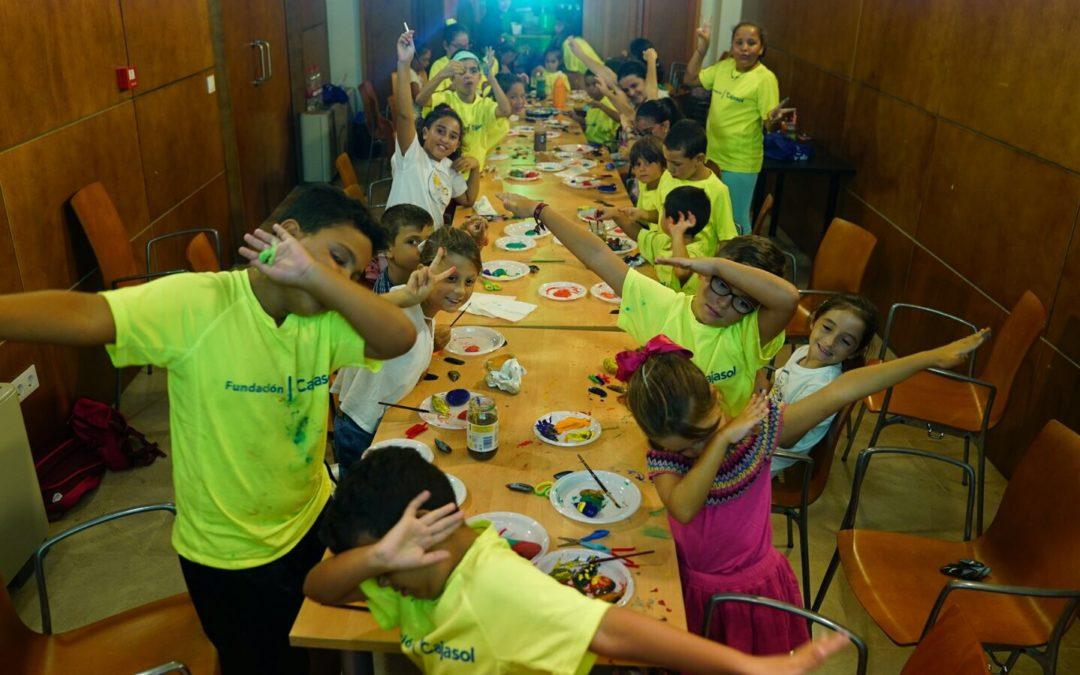 El campamento de verano de la Fundación Cajasol cierra sus puertas con la participación de 150 niños de toda Andalucía