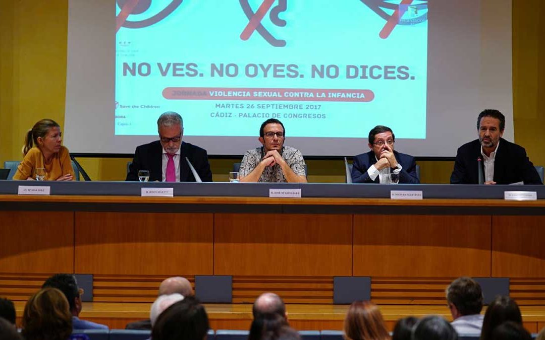 La Fundación Cajasol colabora con el Defensor del Menor y 'Save the children' para analizar la violencia sexual contra la infancia