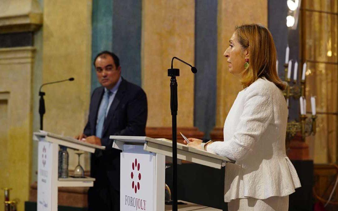 Conferencia coloquio de Ana Pastor, presidenta del Congreso de los Diputados, en el Foro Joly