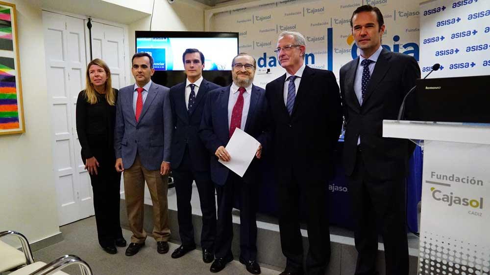 'La audición en el siglo XXI', a examen en el Aula de Salud de la Fundación Cajasol y ASISA en Cádiz