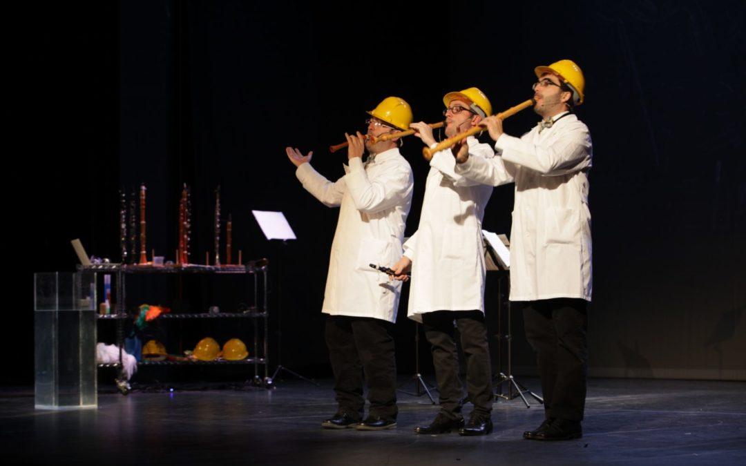 Más de 2.000 escolares cordobeses disfrutan y aprenden con 'Clarinetarium' en el Teatro Góngora de Córdoba de la mano de Obra Social la Caixa y Fundación Cajasol