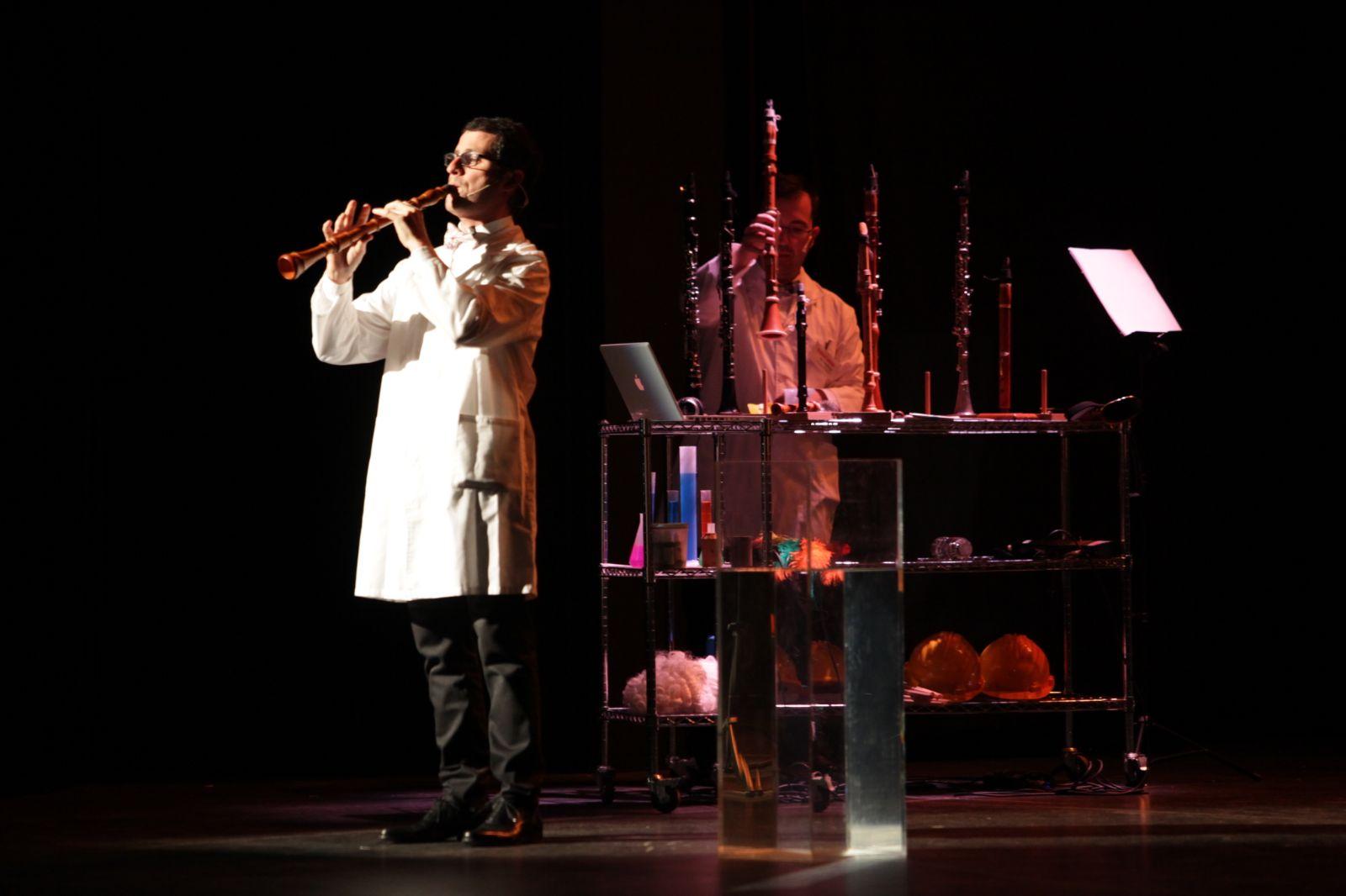Representación del espectáculo 'Clarinetarium' en el Teatro Góngora de Córdoba