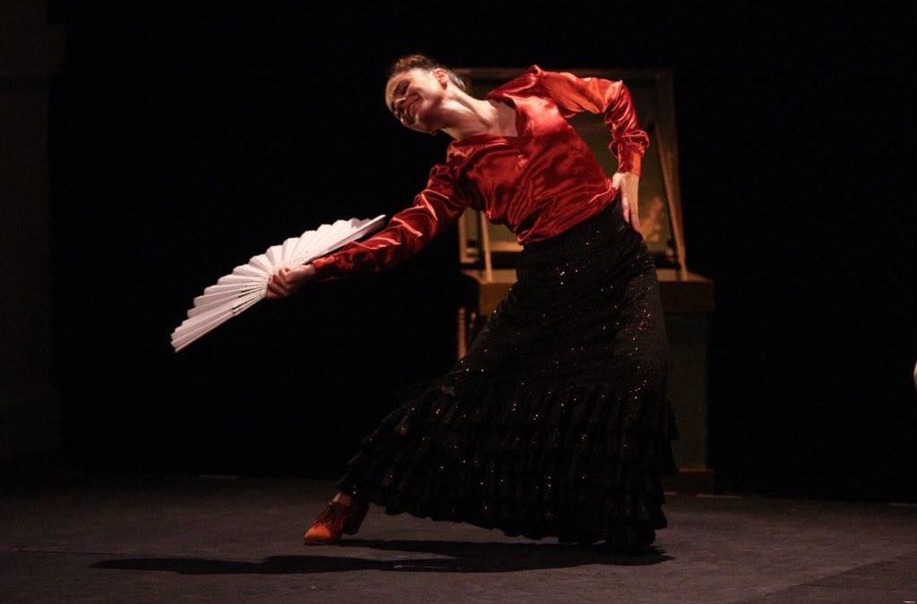 Sara Calero exhibe su cuarto montaje propio, 'Petisa Loca', en los Jueves Flamencos de la Fundación Cajasol