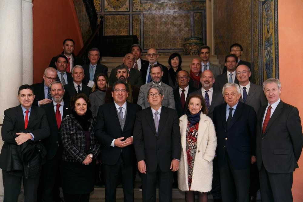 Visita del Embajador de Japón en España a la Fundación Cajasol