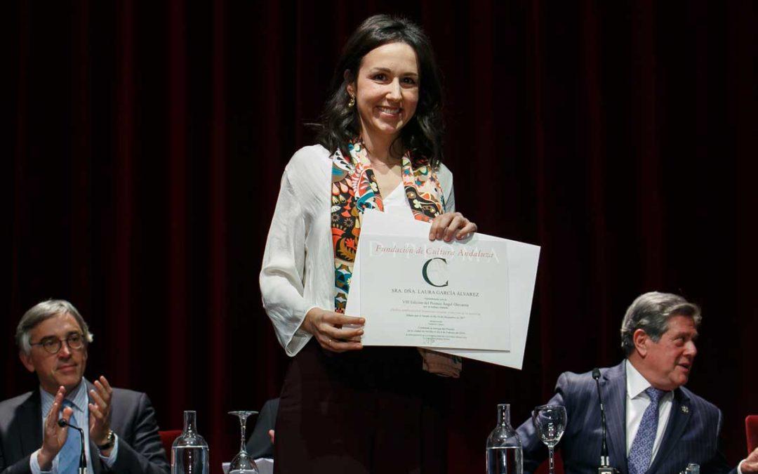 Laura García Álvarez, galardonada con el VIII Premio Ángel Olavarría