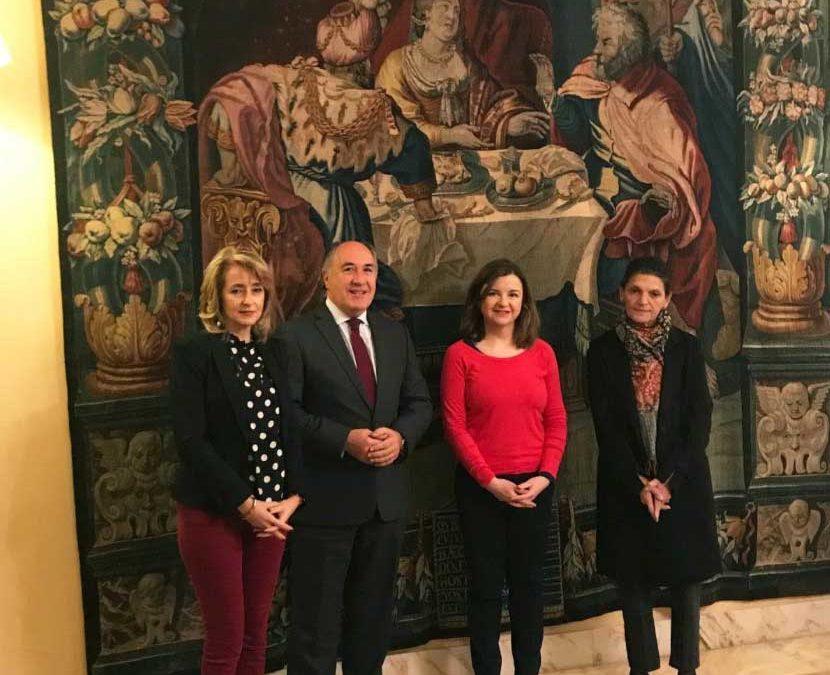 Preparativos de la exposición pictórica en Algeciras sobre el Siglo de Oro dentro del Año Murillo